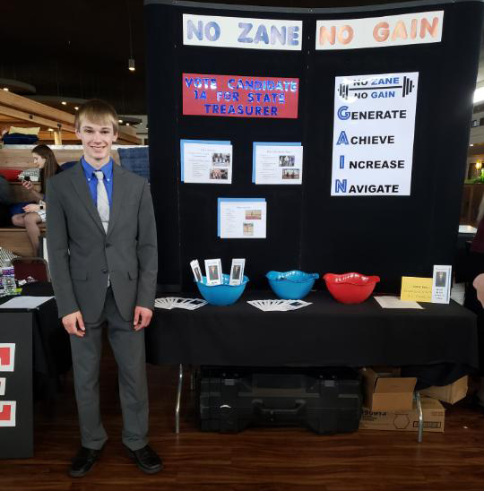 Zane Rikli campaign booth for State Treasurer crpped